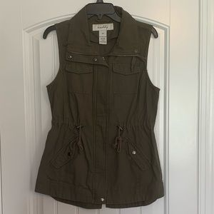 Sebby Olive Green Best size small